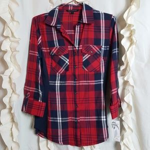 NWT Plaid button up shirt side stretch insert